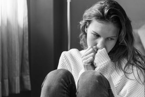 Csalódás, magány, féltékenység